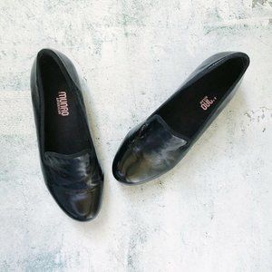 MUNRO • Black Patent Leather Driver Loafers